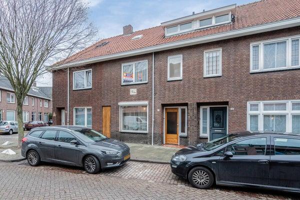 Paus Adriaanstraat 15 Tilburg