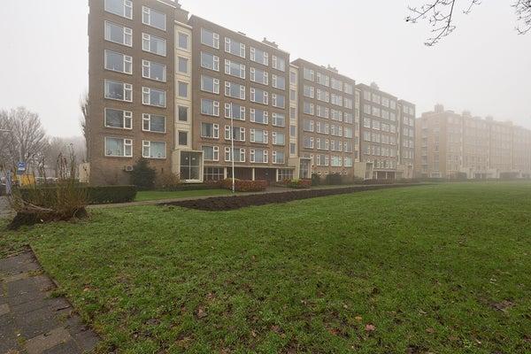 Segbroeklaan, The Hague