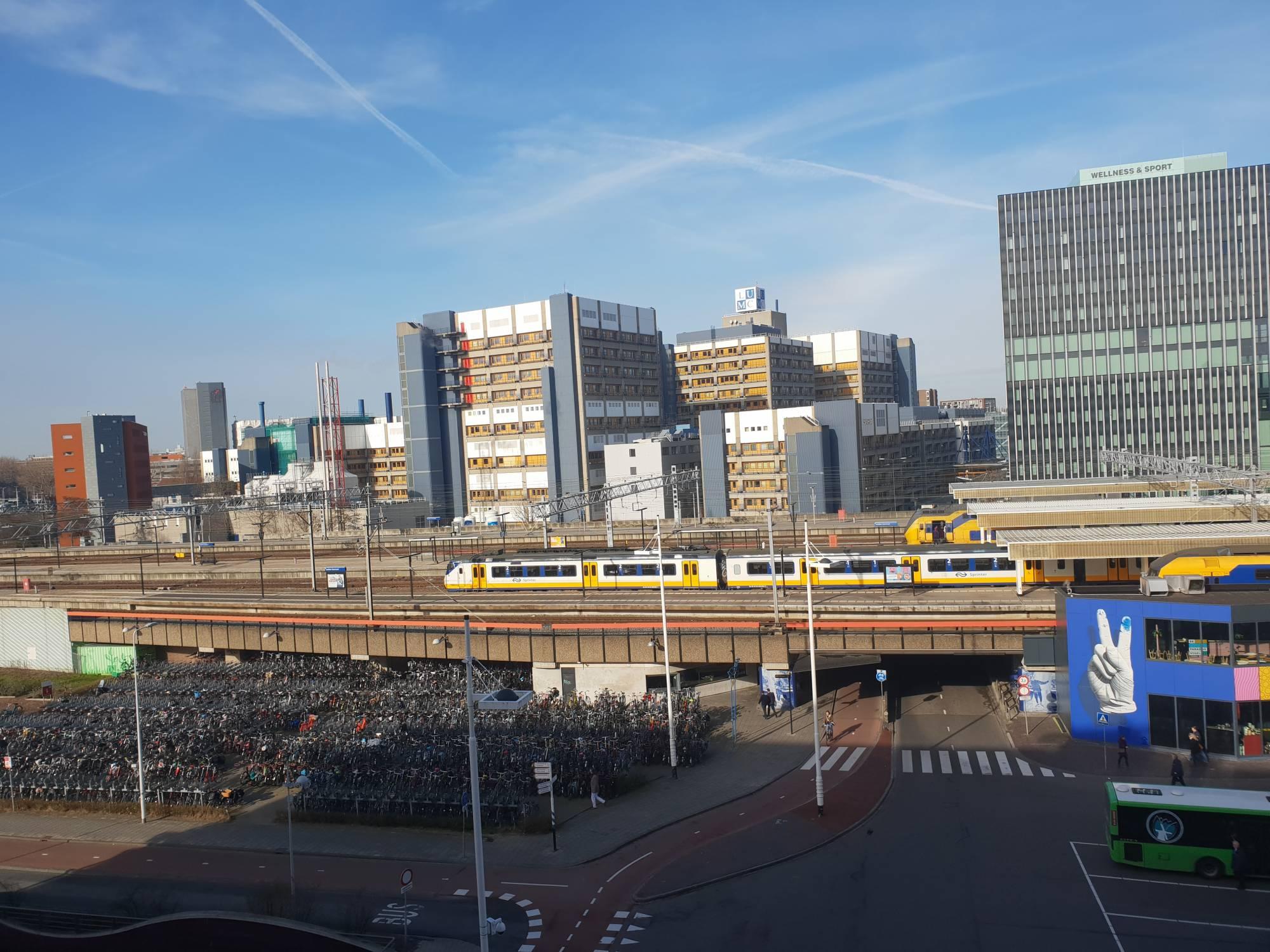Leiden, Stationsplein