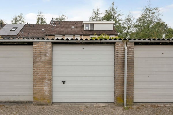 Seat Garage Veldhoven : De plank veldhoven amsterdam apartments for rent