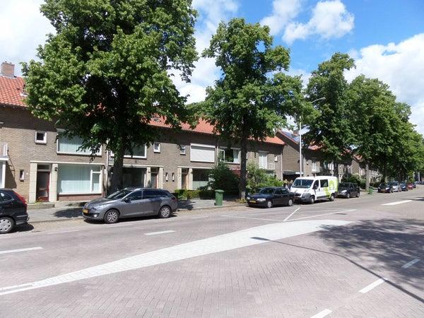 Gabriel Metsulaan, Eindhoven