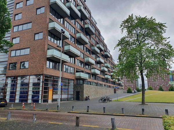Eric Kropstraat, Rotterdam