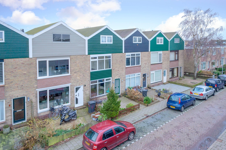 Foto van Burgemeester van Leeuwenstraat 9, Oostzaan