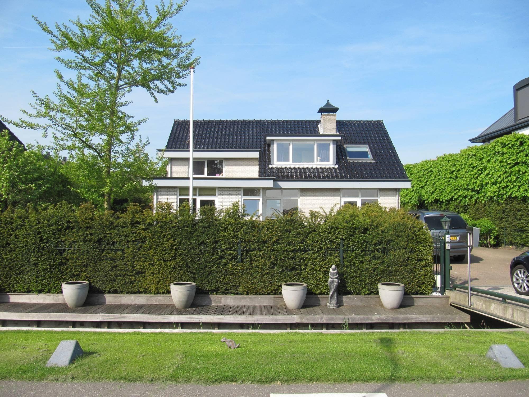 https://public.parariusoffice.nl/15/photos/huge/2481043.1399384682-168.JPG