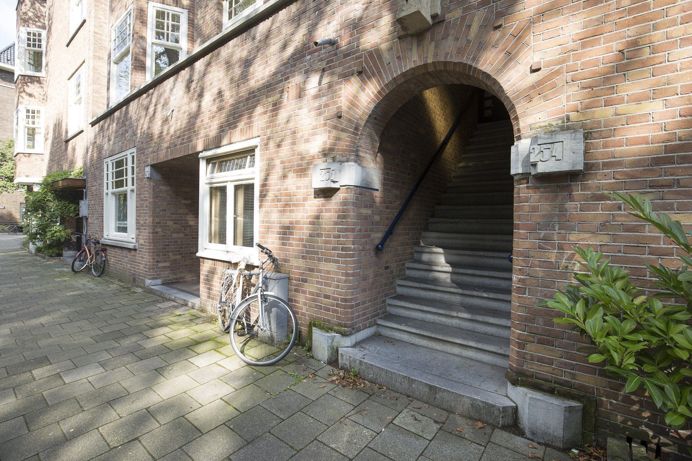 https://public.parariusoffice.nl/15/photos/huge/2828121.1505896435-21.jpg