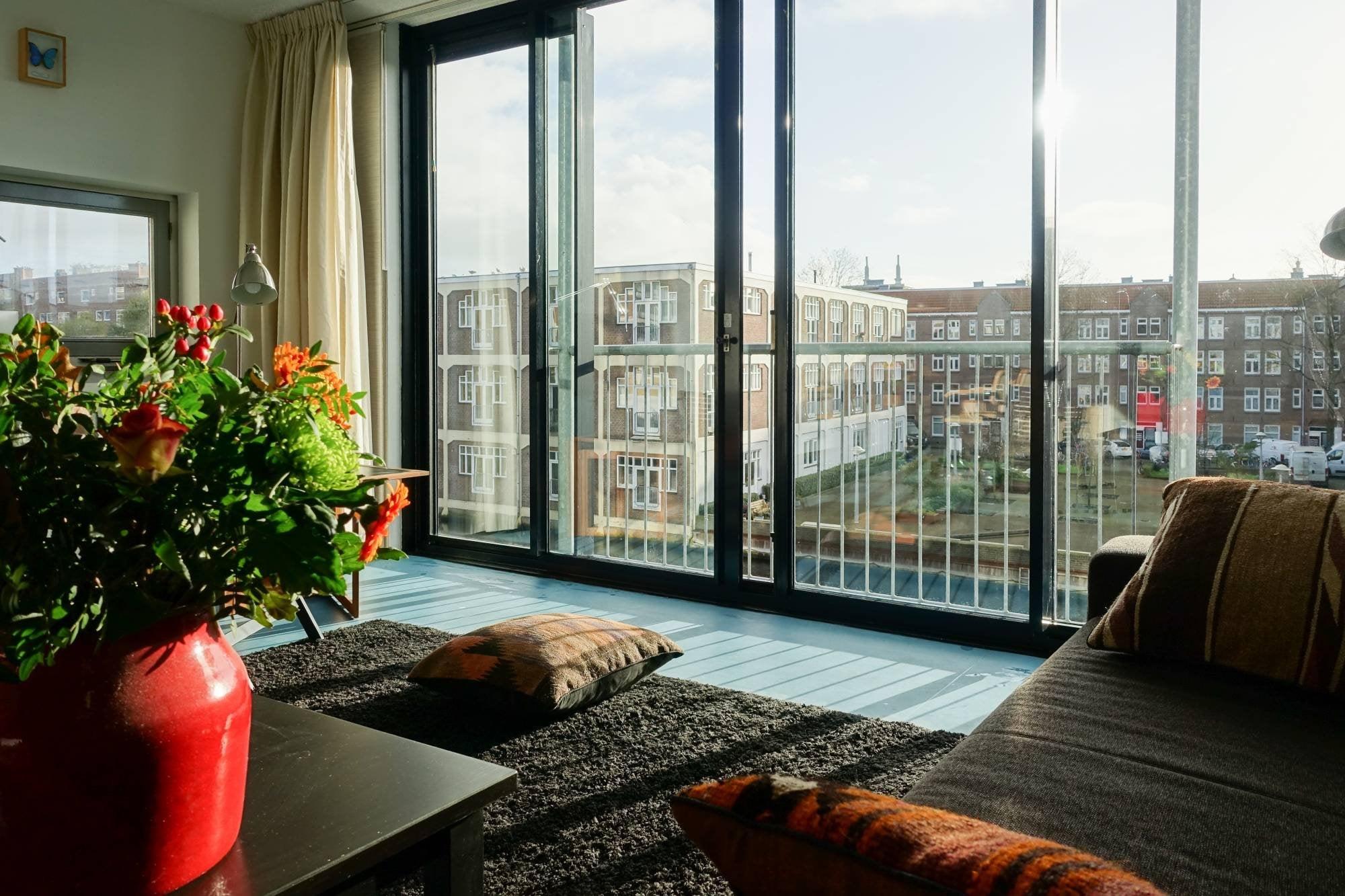 Amsterdam, Donker Curtiusstraat