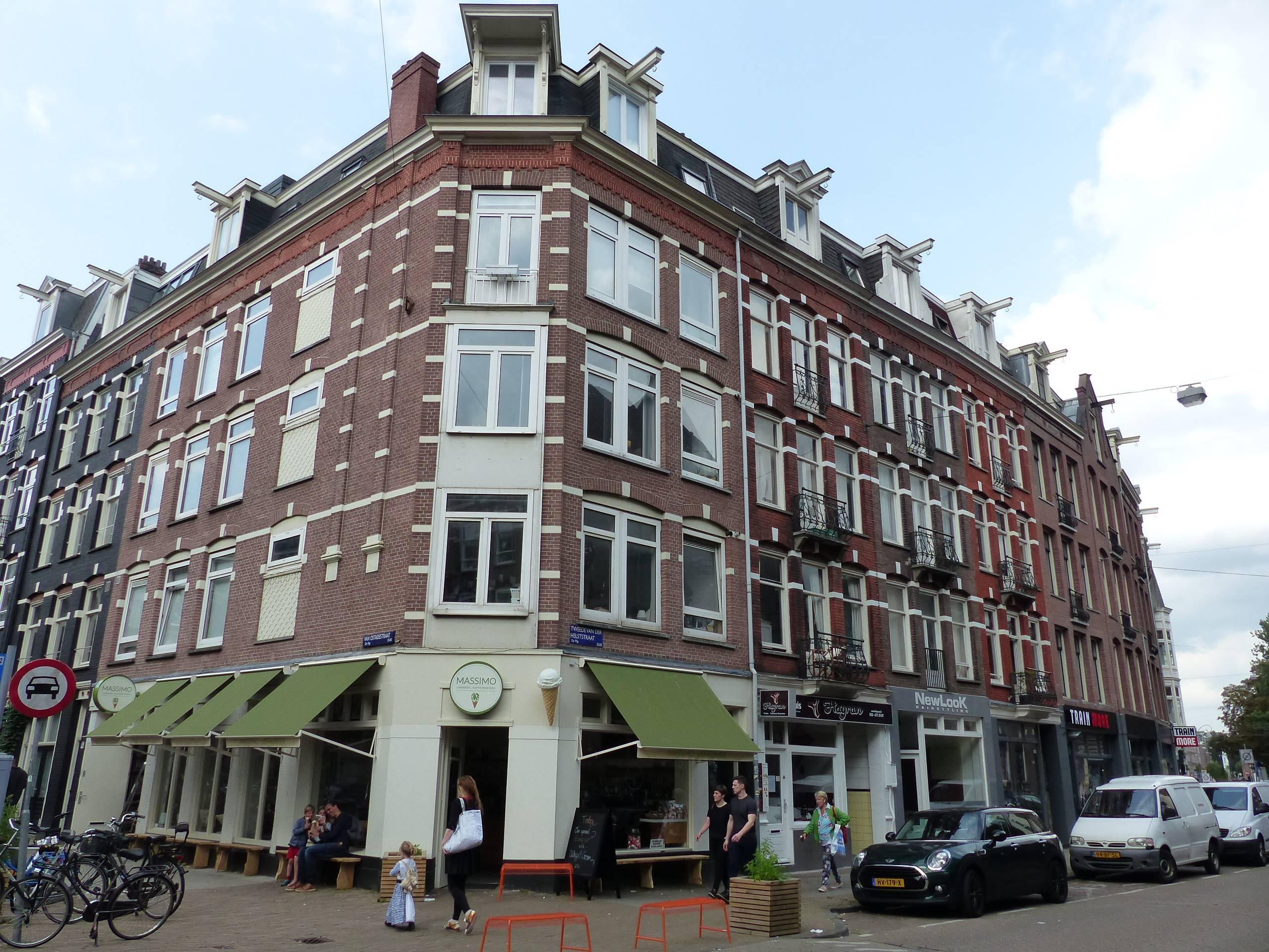 Amsterdam, Tweede Van der Helststraat