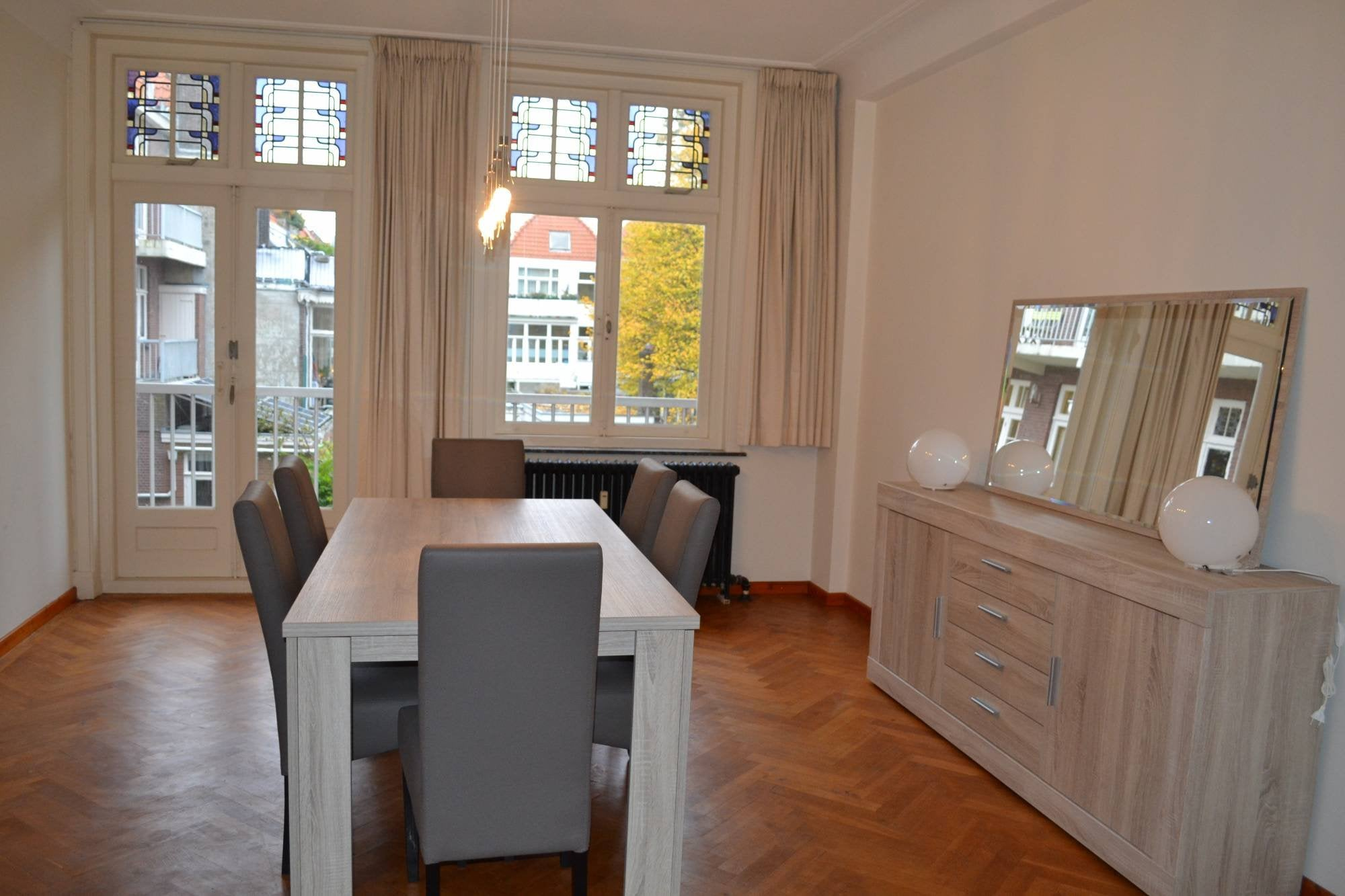Den haag laan van meerdervoort expat housing
