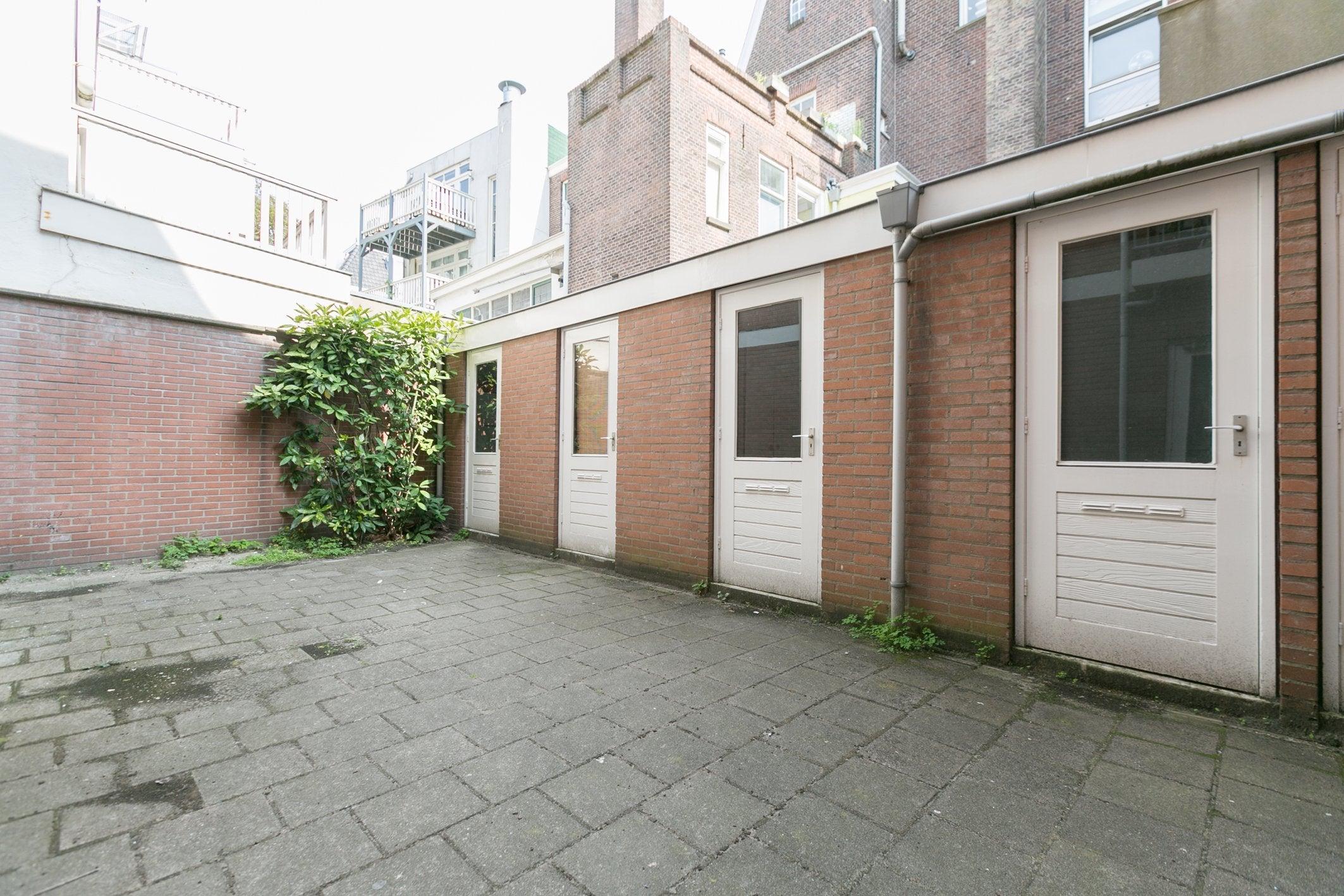 https://public.parariusoffice.nl/185/photos/huge/51339888.1504771058-596.jpg