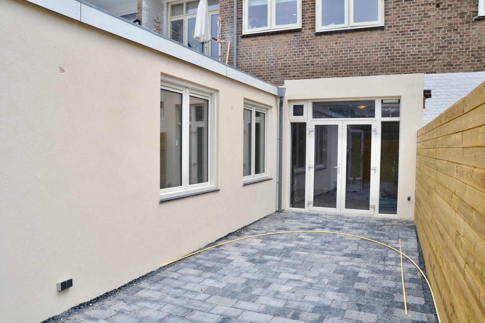 The Hague, Westduinweg