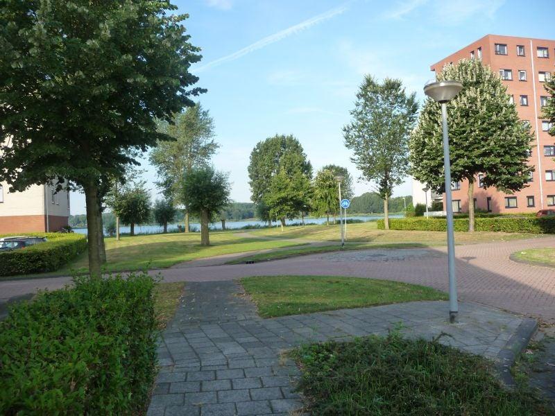 https://public.parariusoffice.nl/210/photos/huge/2255647.1376942964-962.jpg