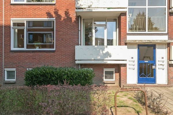 J.H.W. Robersstraat
