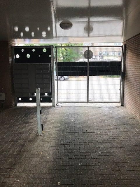 https://public.parariusoffice.nl/298/photos/huge/51393316.1508836416-312.JPG