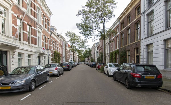 Riouwstraat, The Hague