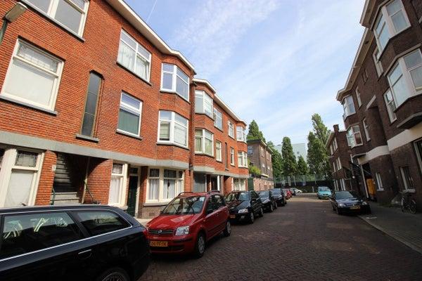 Volkerakstraat, The Hague