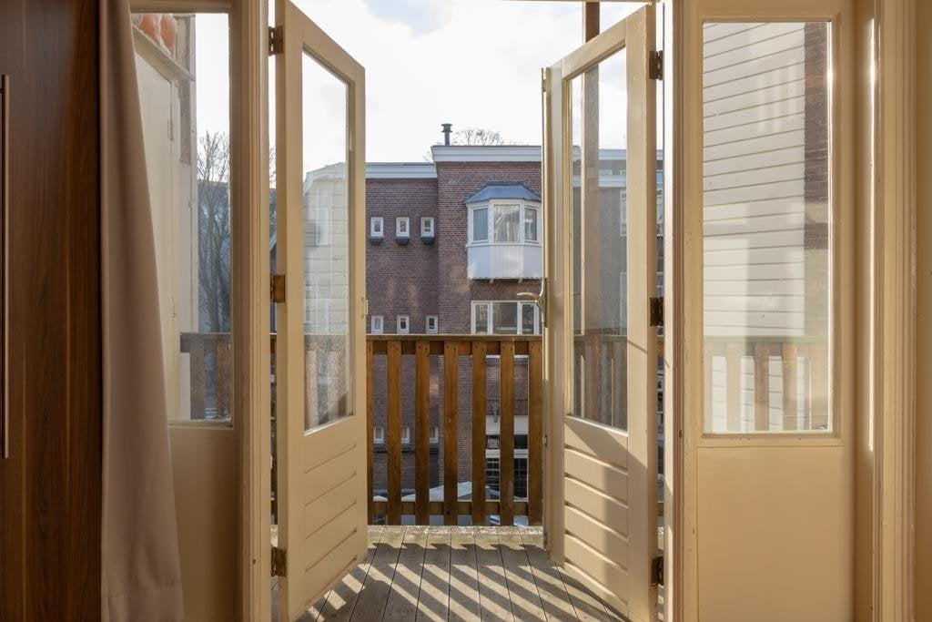 Amsterdam, Tweede Hugo de Grootstraat