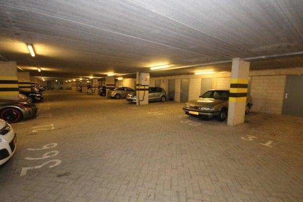 Ernest Groosmanplein, Rotterdam
