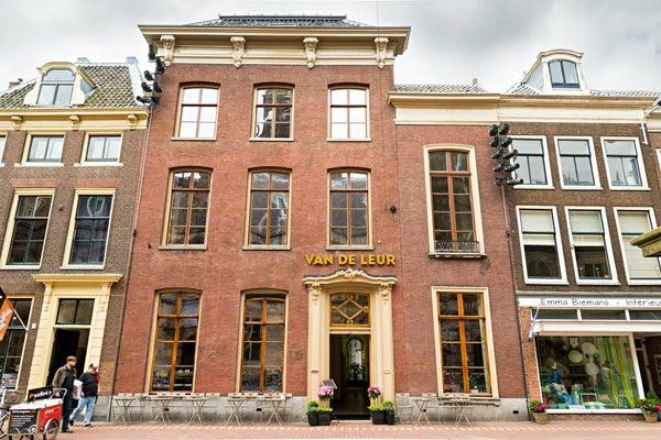 Wolsteeg, Leiden
